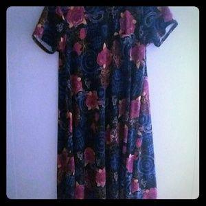 Very pretty Lularoe dress